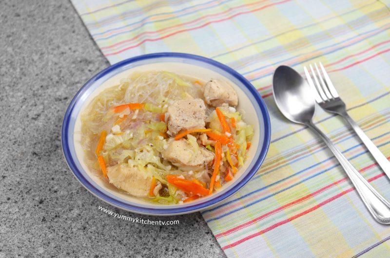 Simple Chicken Sotanghon